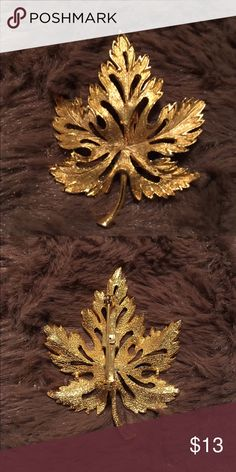 """Beautiful Vintage Leaf Brooch This is a beautiful vintage leaf brooch.  This brooch is in gold tone and is in great condition with no visible wear or tarnishing of any kind.  It measures from top to bottom 2"""". Jewelry Brooches"""