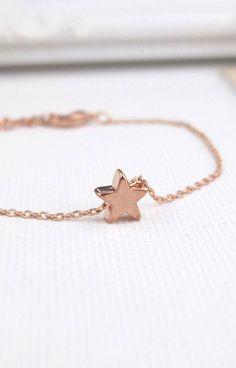 Tiny Rose Gold Star Bracelet