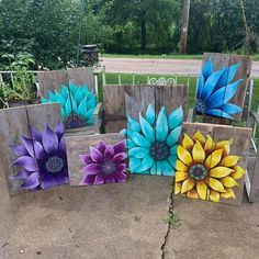 Yard Art Crafts, Cow Painting, Wood Paintings, Wood Pallet Art, Cow Decor, Barn Quilt Patterns, Spring Painting, Cow Art, Painting Patterns