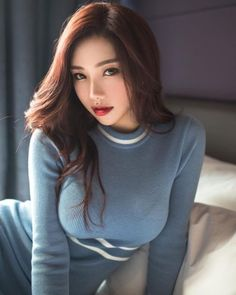 Gorgeous Asian Babe | HotPins 😍 visit us for more Beautiful Asian Women, Beautiful Lips, Most Beautiful, Sexy Asian Girls, Asian Woman, Asian Honey, Asian Beauty, Le Jolie, Wonder Woman