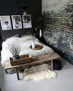 The post Schwarz, Steinwand und Bank. appeared first on Pin Store. Modern Industrial Decor, Industrial Bedroom Design, Industrial Scandinavian, Industrial Wall Art, Home Bedroom, Bedroom Ideas Small Room, Modern Bedroom, Master Bedroom, Bedroom Inspo