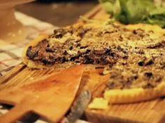 Receta:Narda Lepes | Tarta de hongos con masa de Petrona | Utilisima.com