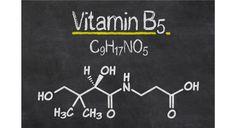 Vitamin B5 (Pantothensäure) ist am Aufbau von Coenzym A und von Steroidhormonen beteiligt. Es verbessert den Energiestoffwechsel und stärkt die Nebennieren.
