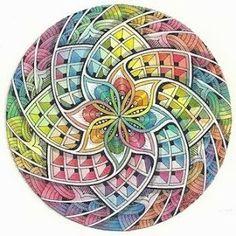 Margaret Bremner - Artist and CZT. Zentangle, mandalas, and arty things. Zentangle Drawings, Doodles Zentangles, Mandala Drawing, Zentangle Patterns, Art Drawings, Tangle Doodle, Tangle Art, Zen Doodle, Doodle Art