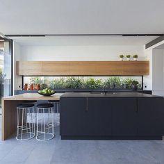 Nice combo of finishes Anna Vaughan Architects - Sydney Ikea Kitchen Design, Kitchen Cabinet Design, Modern Kitchen Design, Interior Design Kitchen, Küchen Design, House Design, Melbourne House, Ideas Hogar, Interior Design Living Room