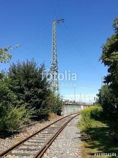 Alte Bahnlinie mit rostigen Gleisen zum ehemaligen Binnenhafen in Münster in Westfalen im Münsterland