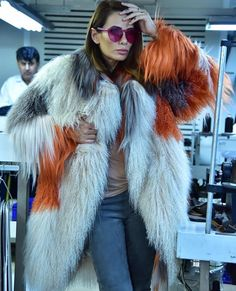 "45 Beğenme, 6 Yorum - Instagram'da MYDIAMOND (@mydiamond.shop): ""Colorful fox fur is super practical and affordable...Mydiamond #MYDMND Yes we are Turkish 🇹🇷 . . .…"""