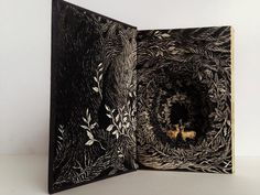 Isobelle Ouzman, Altered Book, 2015.