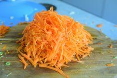 Coleslaw - Perfekt tilbehør til grillmat!   Gladkokken Coleslaw, Carrots, Spaghetti, Vegetables, Ethnic Recipes, Food, Coleslaw Salad, Essen, Carrot