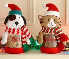 My pet's favorite Christmas treat is _________.