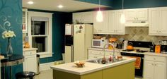 Kitchen remodeling is one of the costliest upgrades, which can be done easily by hiring professional home #painters in the gold coast. Their expert painter follows a step-by-step process which ensures that Your kitchen cabinets are painted perfectly, and it looks amazing and beautiful. Their team of painters is experienced, skilled and learned. They have complete knowledge about latest painting trends and color trends and provide satisfactory services.