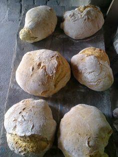 Pão caseiro (homemade bread)