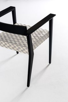 Stradòn Chair by Rubelli | Restaurant chairs | Architonic
