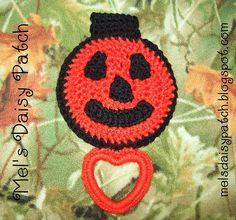 Mel's Daisy Patch Crochet and Crafts: Crochet Pattern Jack O' Lantern Pumpkin Towel Holder/Topper Crochet Towel Holders, Crochet Towel Topper, Halloween Crochet Patterns, Crochet Ideas, Crochet Kitchen Towels, Daisy Patches, Crochet Pumpkin, Crochet Potholders, Free Crochet