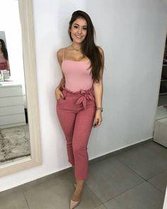 Cute fashion outfits ideas – Fashion, Home decorating Sexy Outfits, Stylish Outfits, Cute Outfits, Fashion Outfits, Moda Outfits, Look Fashion, Girl Fashion, Womens Fashion, Mode Jeans