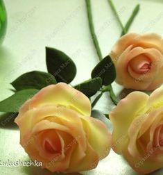 Ennek a remek receptnek a segítségével filléres alapanyagokból te is készíthetsz magadnak porcelán gyurmát házilag, ami formázás után levegőn szilárdul meg, így nem igényel sütést. (Ezek a gyönyörű rózsák is ezzel a hideg porcelán gyurmával készültek.) Az ...