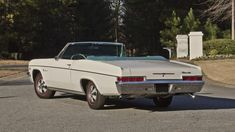 Classic Car News Pics And Videos From Around The World Chevrolet Chevelle, Chevrolet Corvette, Chevy Classic, Classic Cars, Convertible, Chevy Motors, Free Cars, Vintage Cars, Vehicles