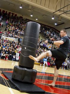 Health & Fitness Expo at East High and Lincoln High by Des Moines Public Schools, via Flickr