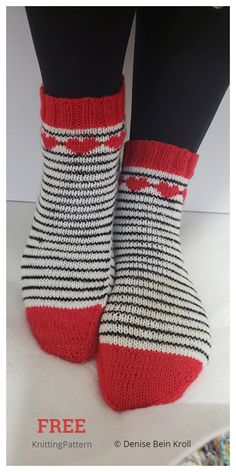 Heart Valentine Socks Free Knitting Patterns - Knitting Pattern Crochet Socks, Knitting Socks, Knit Crochet, Knit Socks, Knitted Slippers, Crochet Granny, Debbie Macomber, Ravelry, Knitting Patterns Free