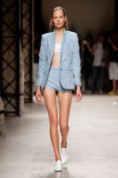 Défilé Barbara Bui, prêt-à-porter printemps-été 2014, Paris. #PFW #fashionweek #runway