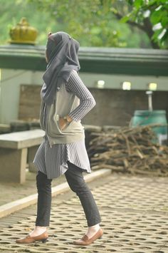 Grey over grey.  #ootd #outfit #stripes - Check it out: http://www.glamhive.com/look/558d8cb7e4b0822f1c7eaf98