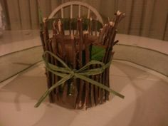 okay.....this is what happened when i tried to re-create the twig candle idea! back to the drawing board : )