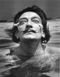 """""""Dalí dans l'eau""""  Jean Dieuzaide - Port Lligat, Cadaqués, Costa Brava 1953"""