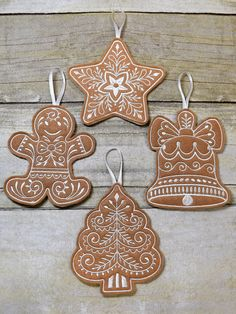 Gingerbread Ornaments Country Christmas Set of 4 Felt Country Christmas Ornaments, Diy Christmas Garland, Gingerbread Ornaments, Unique Christmas Trees, Etsy Christmas, Christmas Gingerbread, Felt Ornaments, How To Make Ornaments, Christmas Holidays