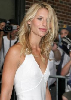 Claire Danes Lovely Messy Waves