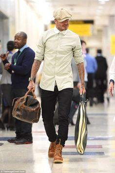 David beckham wearing red wing heritage moc 6 boots and stetson newsboy cloth hat David Beckham Shoes, David Beckham Style, David Beckham Fashion, Mens Boots Fashion, Best Mens Fashion, Male Fashion, Stylish Men, Men Casual, Mode Man