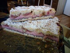 Kruche ciasto z budyniem i rabarbarem