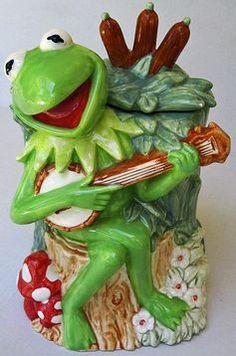 ... Original RARE style Kermit cookie Jar from Treasure Chest