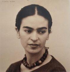 Magdalena Carmen Frieda Kahlo y Calderón / Frida Kahlo