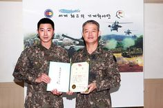 TVXQ Yunho officially became a soldier