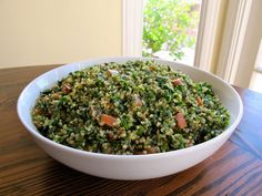 Quinoa Tabbouleh Salad - A lemony Middle Eastern tabbouleh salad with healthy gluten free quinoa, fresh parsley and mint. Pareve, Kosher for Passover. via @toriavey