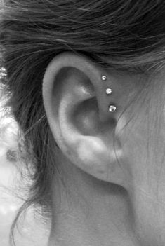I am really into this but apparently it is super painful and to get poked 3 times...ehhh... Helix Piercings, Triple Piercing, Unique Piercings, Three Ear Piercings, Least Painful Piercings, Anti Tragus Piercing, Pretty Ear Piercings, Tripple Forward Helix Piercing, Women Piercings