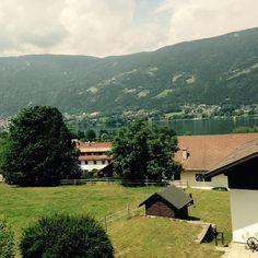 Mit Austria.at einen unvergesslichen Urlaub in Kärnten verbringen! Austria, Cabin, House Styles, Home Decor, Family Vacations, Summer, Decoration Home, Room Decor, Cabins