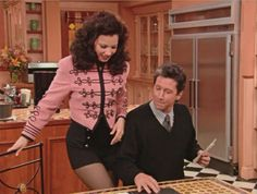 fran drescher the nanny outfits Nanny Show, Fran Fine The Nanny, Fran Dresher, Miss Fine, Fran Fine Outfits, Nanny Outfit, College Attire, Clueless Aesthetic, Pastel Fashion
