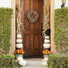 Pumpkin-Decorated Arrival