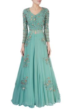 Shop Astha Narang Green thread work lehenga , Exclusive Indian Designer Latest Collections Available at Aza Fashions Gown Party Wear, Party Wear Indian Dresses, Indian Gowns Dresses, Bridal Dresses, Wedding Dress, Girls Dresses, Simple Kurti Designs, Stylish Dress Designs, Stylish Dresses