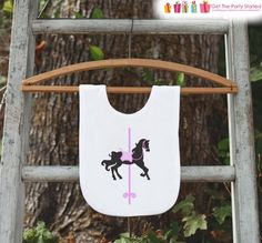 Carousel Birthday Bib for Baby Girl - Carousel Birthday Party - Carousel Horse Bib - Birthday Bib - First Birthday or Baby Shower Gift Happy Birthday Banners, Birthday Shirts, Birthday Outfits, Baby First Birthday, 1st Birthday Parties, Carousel Birthday, Vinyl Banners, Get The Party Started, Backdrops For Parties