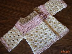 * Mini Moogly Sweater :: free #crochet pattern in sizes 0-3mths and 3-6mths!