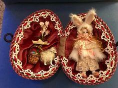 Antique bisque doll in vintage egg Porcelain Dolls Value, Porcelain Dolls For Sale, Porcelain Jewelry, Porcelain Vase, Fine Porcelain, Dollhouse Dolls, Miniature Dolls, Dollhouse Miniatures, Antique Dolls