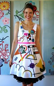 DIY art dresses Art Teacher Outfits, Teacher Wear, Summer Teacher Outfits, Teaching Outfits, Teacher Style, Teaching Clothes, Carnaval Kids, Cassie Stephens, Diy Clothes And Shoes