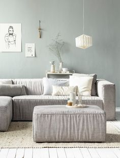 Cozy couch and relaxing wall colour in the living room White Wooden Floor, Room Design, Interior, Home Decor, Room Inspiration, Living Room Interior, House Interior, Rugs In Living Room, Living Room Designs