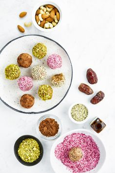 Triple Almond Energy Balls (vegan, grain-free, naturally sweetened) — Oh She Glows Superfoods, Healthy Snacks, Healthy Recipes, Healthy Sweets, Vegan Snacks, Healthy Breakfasts, Protein Snacks, Protein Bars, High Protein