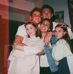 I Need Friends, Cute Friends, Best Friends, Foto Best Friend, Best Friend Goals, Best Friend Pictures, Friend Photos, Teen Life, Friend Pictures
