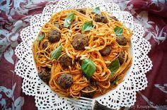 KNUSPERKABINETT: Susi und Strolchs Valentinsdinner: Spaghetti mit Beanballs und Salsa Rosso (vegan und glutenfrei)