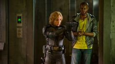 Olivia Thirlby and Wood Harris as Anderson and Kay in Dredd. Cool Desktop Wallpapers, Movie Wallpapers, Hd Wallpaper, Judge Dredd Movie, Dredd 2012, Wood Harris, Olivia Thirlby, 2012 Movie, Girl Short Hair