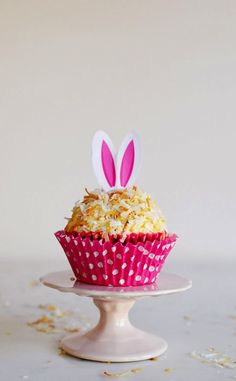 15 Easter Recipes: Coconut Cupcakes